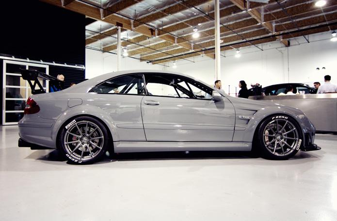 Mercedes_Black_2