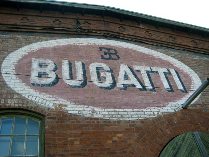 RVM_bugatti_sign