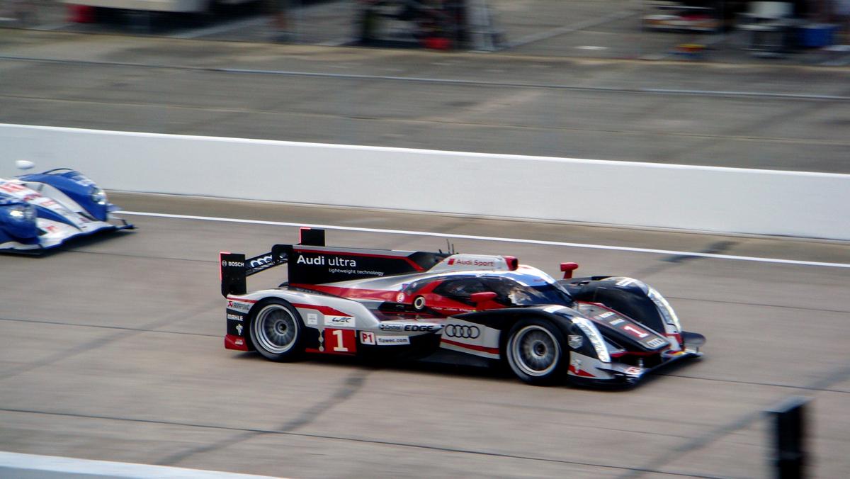 Sebring_2012_AudiR18