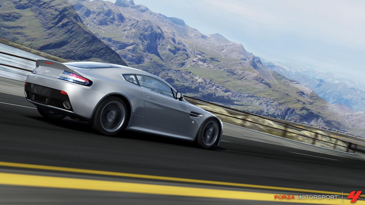 Forza FOURza FM4_2010_Aston_Martin_V12_Vantage